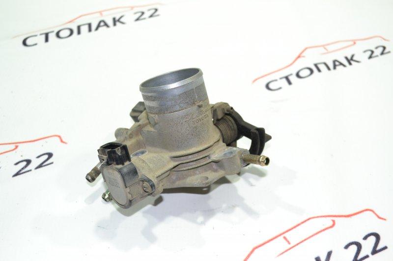Дроссельная заслонка Toyota Corolla NZE121 1NZ 2001 (б/у)