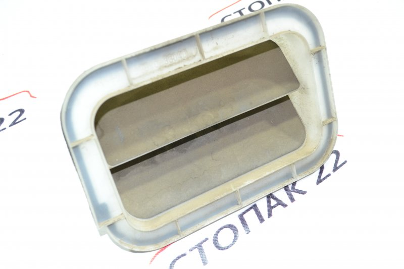 Клапан вентиляции багажного отсека Toyota Corolla NZE121 1NZ 2001 (б/у)