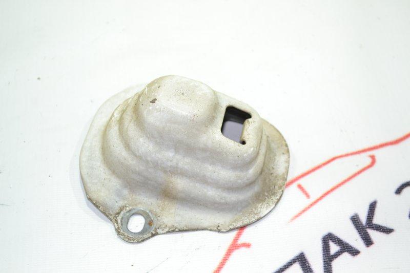 Кронштейн бампера заднего Toyota Corolla NZE121 1NZ 2001 задний (б/у)