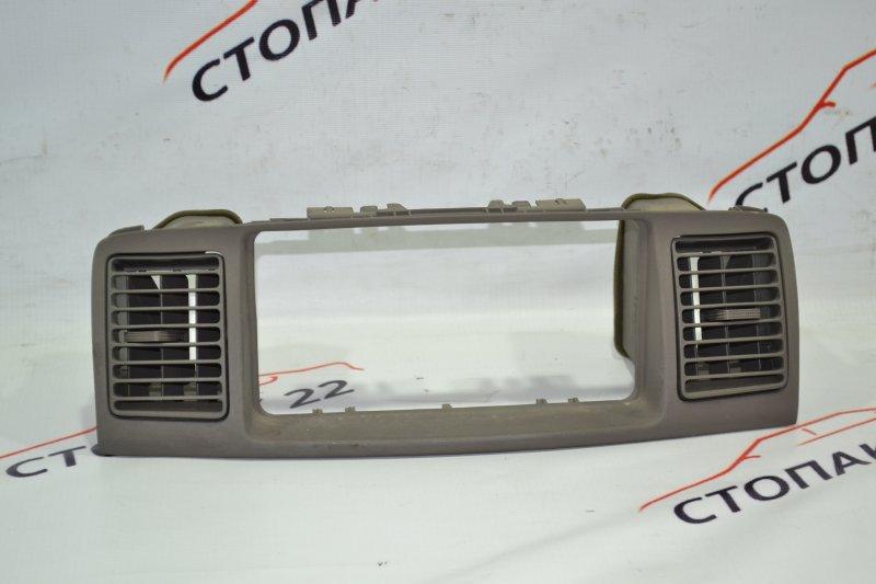 Консоль магнитофона Toyota Corolla NZE121 1NZ 2001 (б/у)