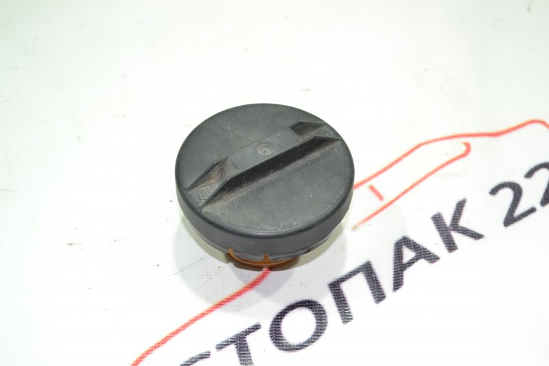 Крышка бензобака Toyota Corolla NZE121 1NZ 2001 (б/у)