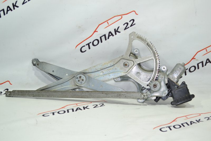 Стеклоподъемник Toyota Corolla NZE121 1NZ 2001 передний правый (б/у)