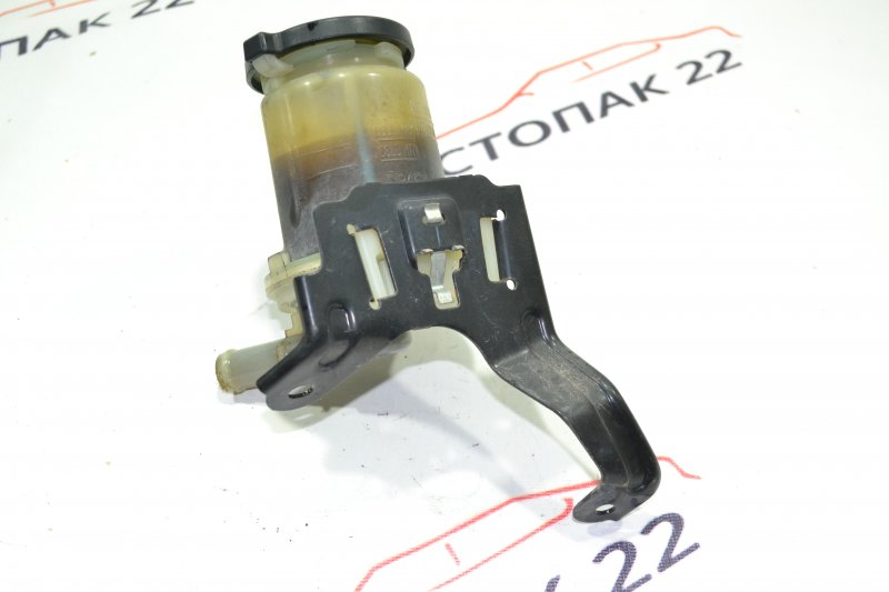 Бачок гидроусилителя Toyota Corolla NZE124 1NZ 2006 (б/у)