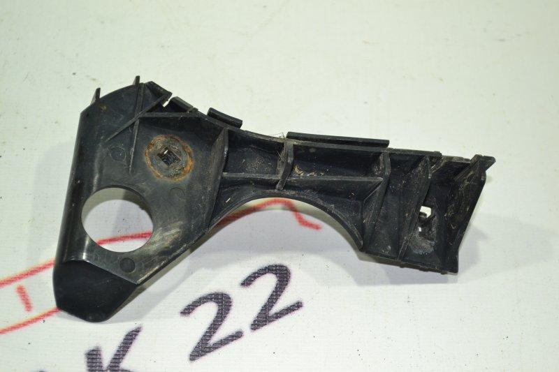 Крепление бампера Toyota Corolla NZE121 1NZ 2002 переднее левое (б/у)