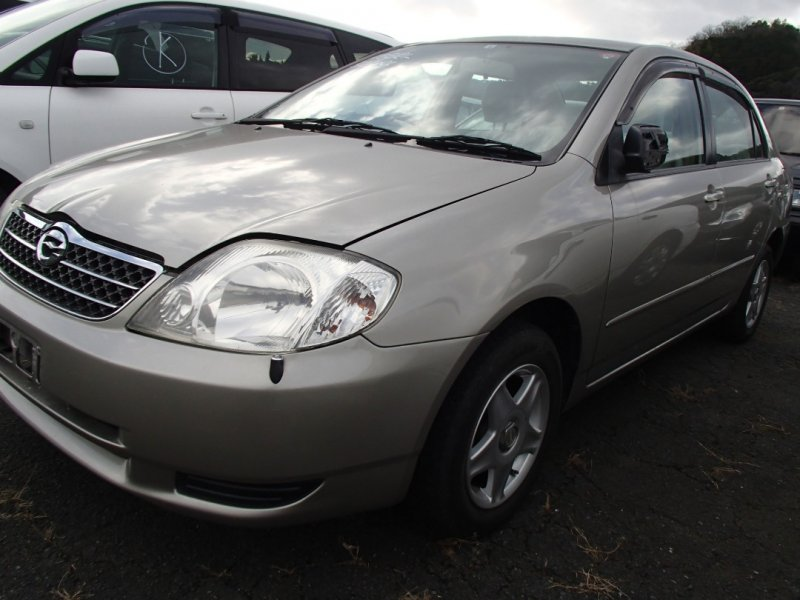 Автомобиль Toyota Corolla NZE121 1NZ 2001 года в разбор