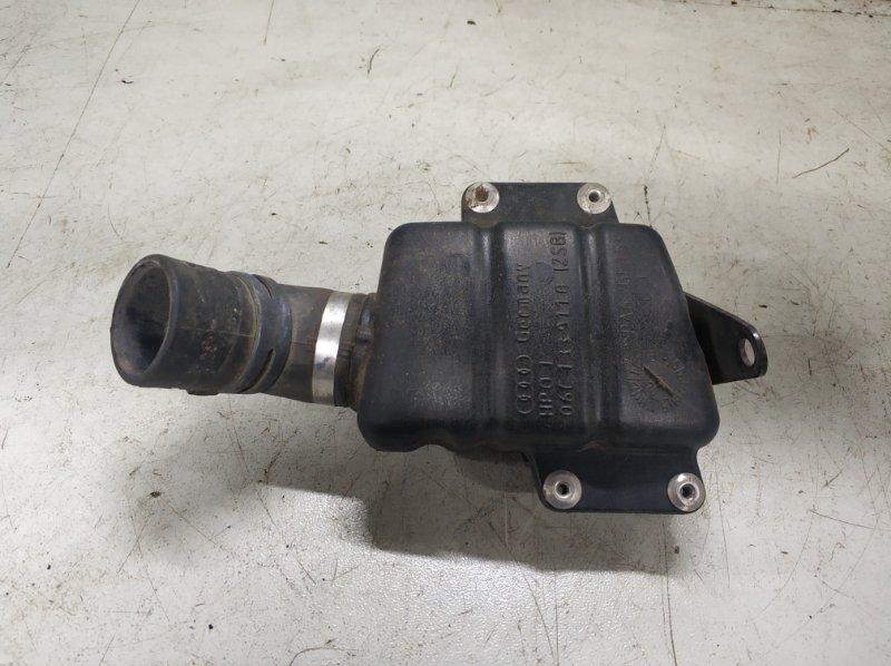 Резонатор воздушного фильтра Audi A6 C6 2004 (б/у)