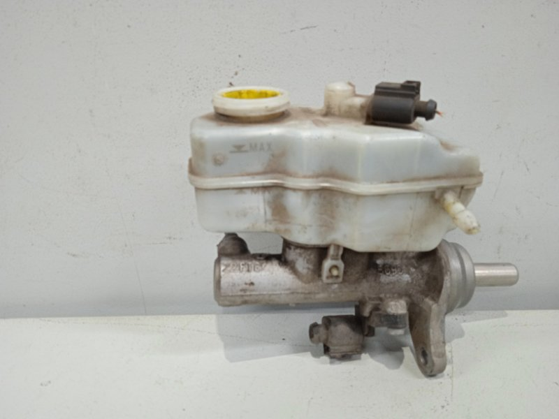Цилиндр тормозной главный Skoda Rapid NH3 1.6 2012 (б/у)
