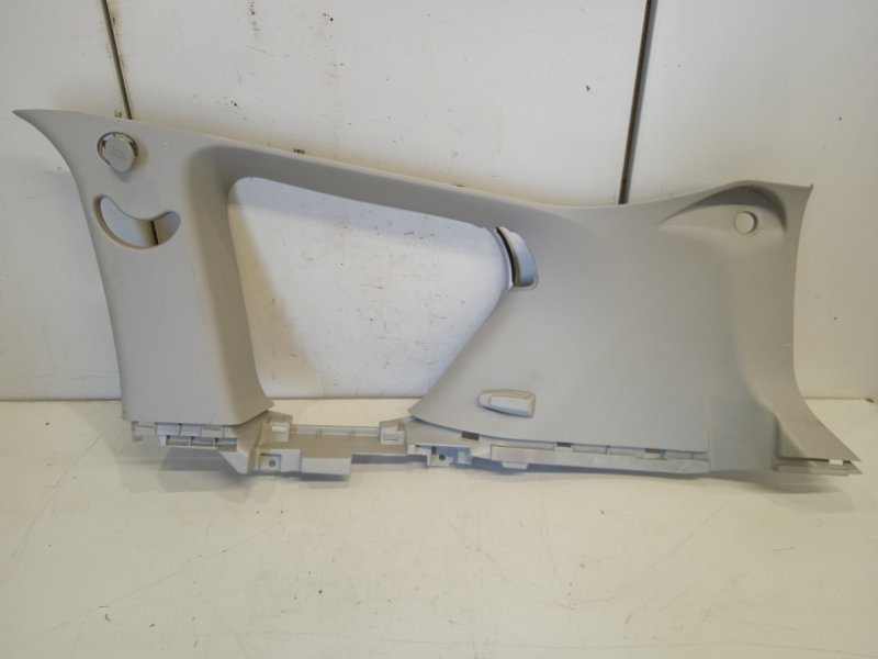 Обшивка багажника Peugeot 4007 2.4 2008 правая верхняя (б/у)
