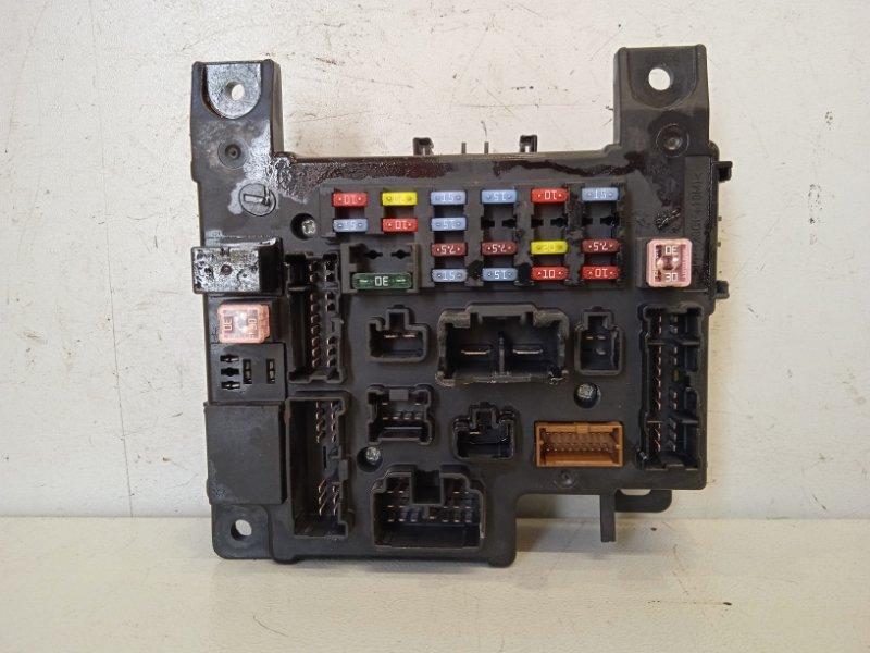 Блок предохранителей салонный Peugeot 4007 2.4 2008 (б/у)