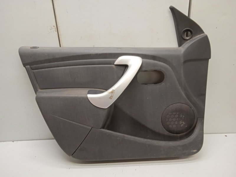 Обшивка двери Lada Largus передняя левая (б/у)