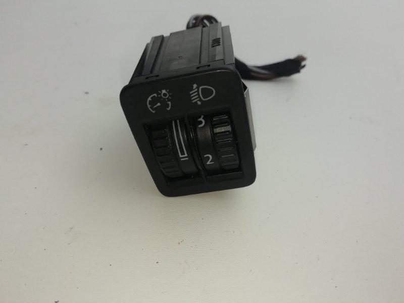 Кнопкa кoррeктора фар Volkswagen Passat B6 2.0 TDI 2009 (б/у)