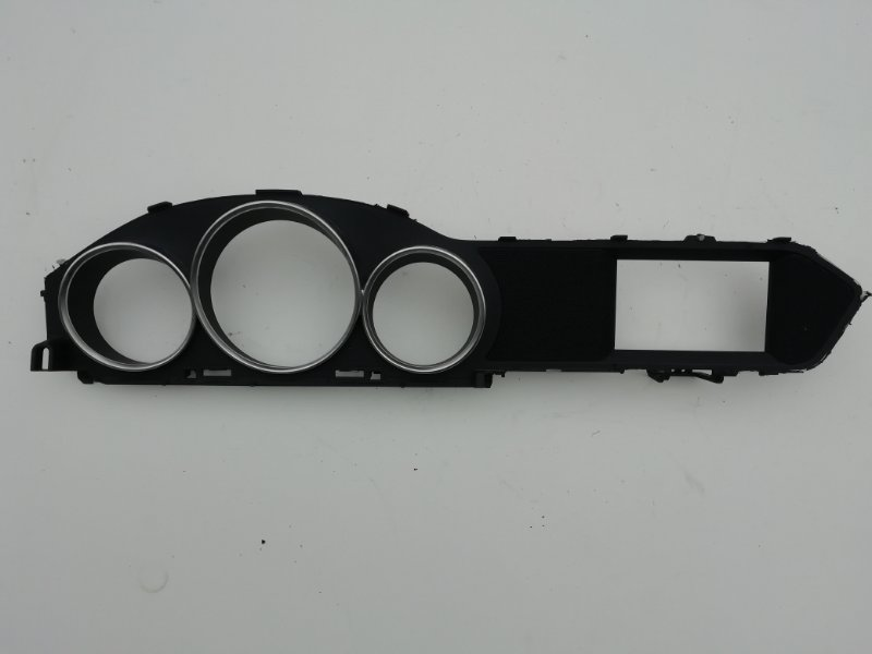 Накладка панели приборов Mercedes C250 W204 1.8 2012 (б/у)