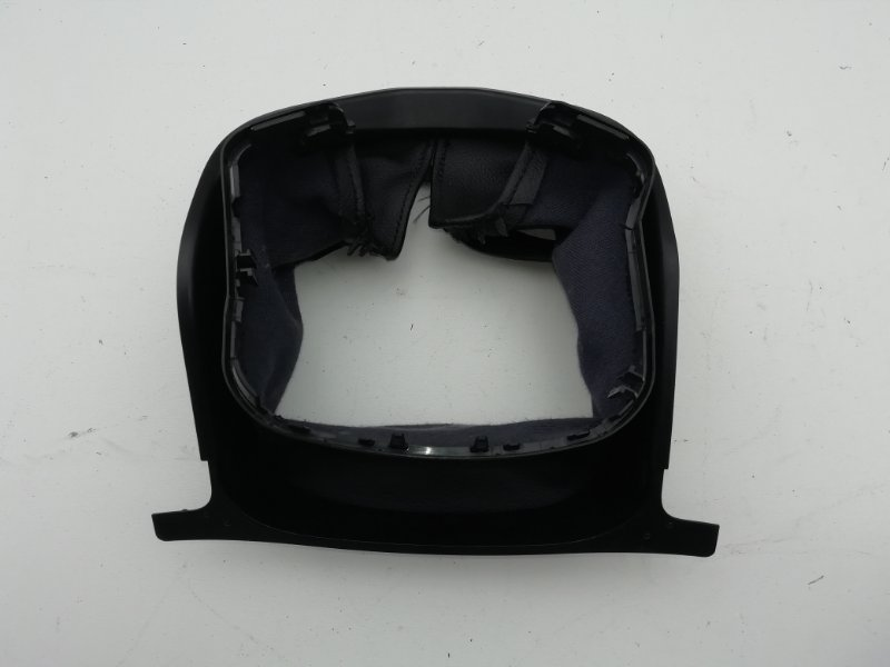 Крышка рулевой колонки Mercedes C250 W204 1.8 2012 (б/у)