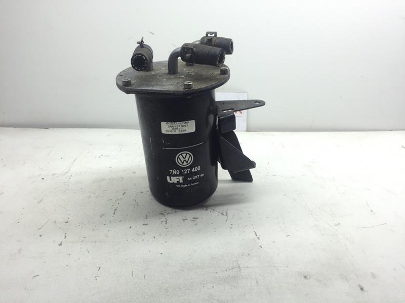 Корпус топливного фильтра Volkswagen Passat B7 1.6 TDI (б/у)