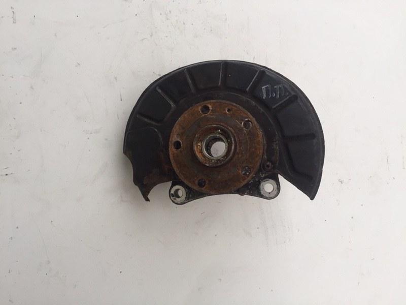 Кулак поворотный Volkswagen Passat B7 1.6 TDI передний правый (б/у)