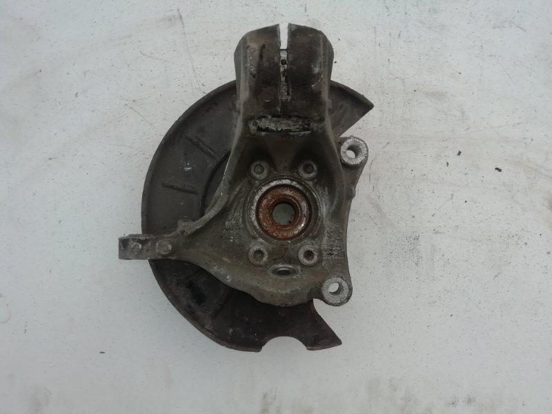 Кулак поворотный Volkswagen Passat B6 передний левый (б/у)