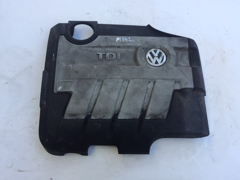 Крышка двигателя декоративная Volkswagen Passat B6 2.0 TDI (б/у)
