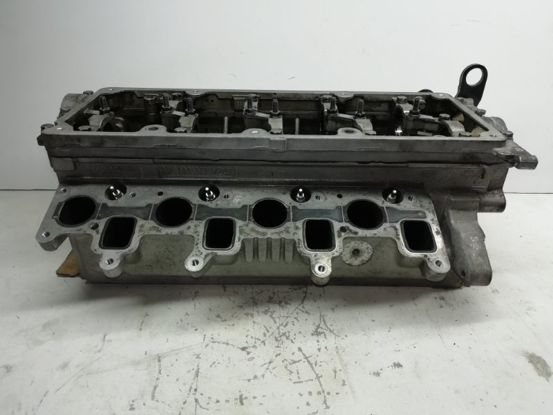 Головка блока цилиндров Volkswagen Passat B6 2.0 TDI (б/у)