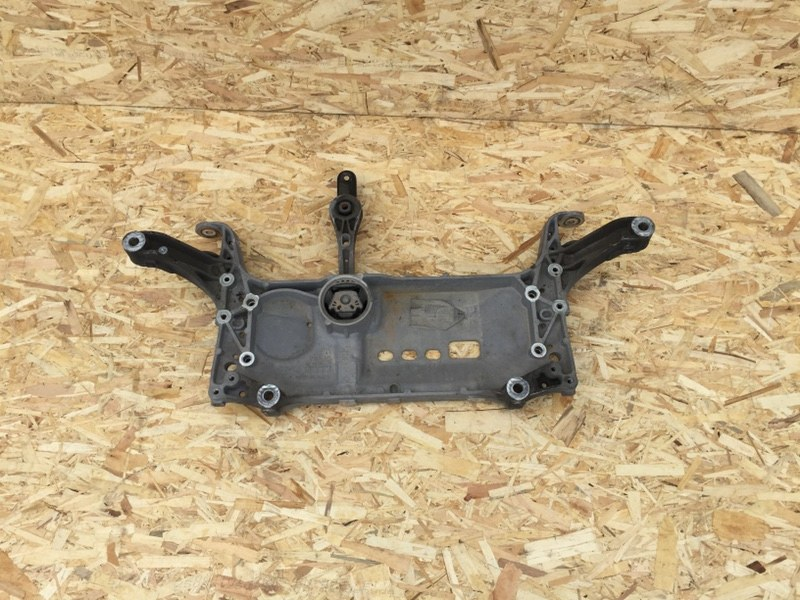 Подрамник Volkswagen Tiguan 2.0 TFSI 2011 (б/у)