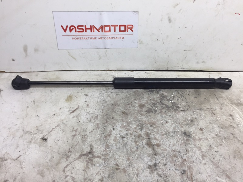 Амортизатор багажника Volkswagen Passat B7 (б/у)