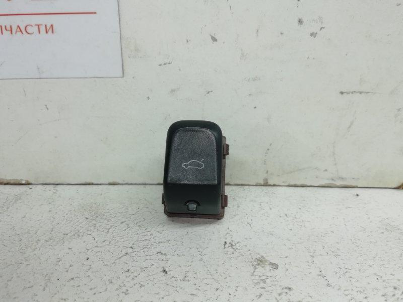 Кнопка открывания багажника Audi A4 2.0 TFSI (б/у)