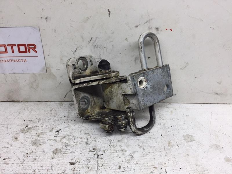 Петля двери Volkswagen Passat B7 задняя левая (б/у)