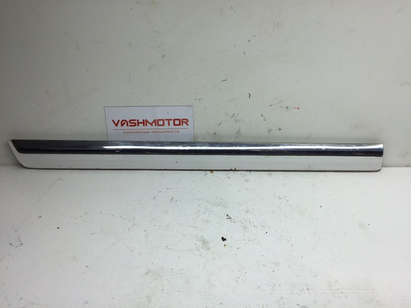 Молдинг двери Volkswagen Passat B7 задний правый нижний (б/у)