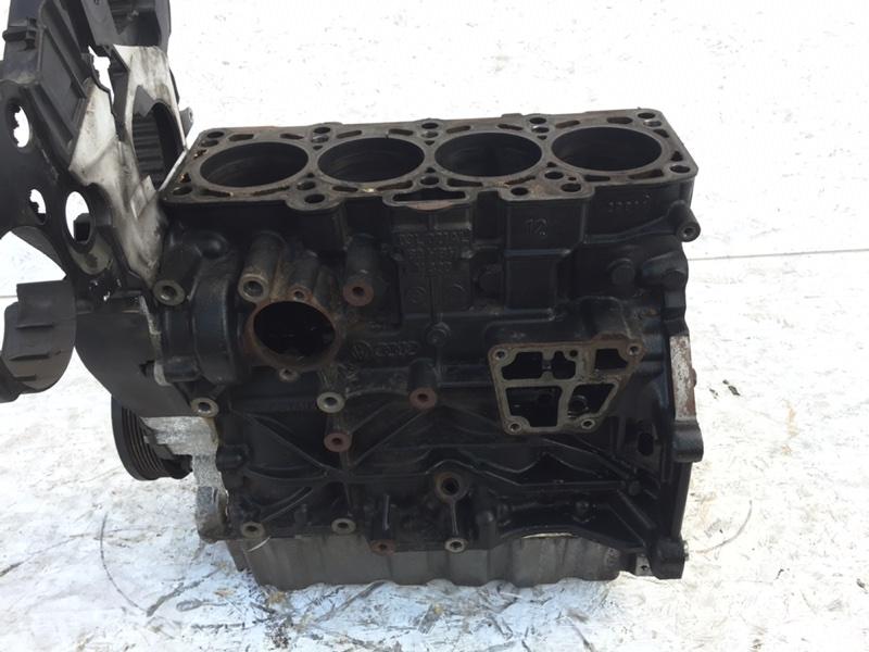 Блок цилиндров Volkswagen Passat Cc 2.0 TDI (б/у)