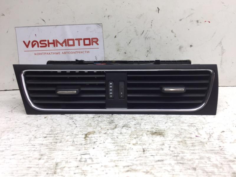 Дефлектор воздушный Audi A4 2.0 TFSI (б/у)