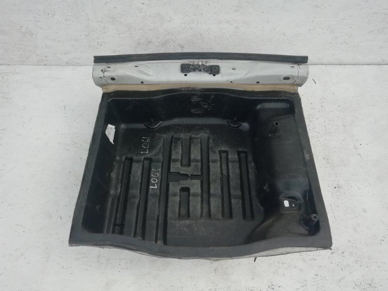 Ниша запасного колеса Volkswagen Passat B7 (б/у)
