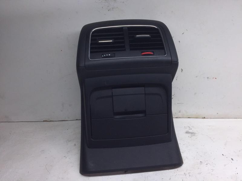 Дефлектор воздушный Audi Q5 3.2 FSI 2010 (б/у)
