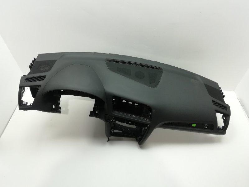 Торпеда передняя панель Audi Q5 3.2 FSI 2010 (б/у)