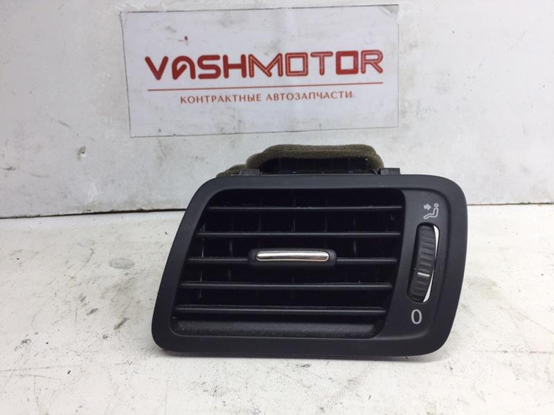 Дефлектор воздушный Volkswagen Passat Cc 2011 левый (б/у)