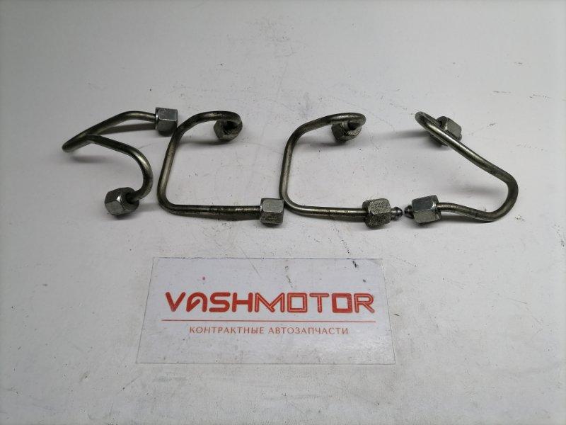 Трубка топливной рампы Volkswagen Passat B7 (б/у)