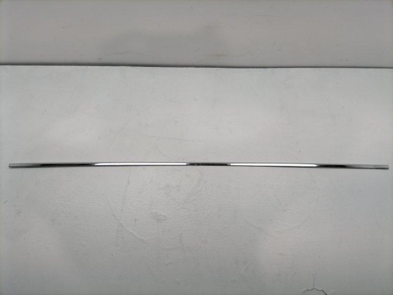 Молдинг двери Mercedes C300 W204 3.5 2014 передний правый (б/у)