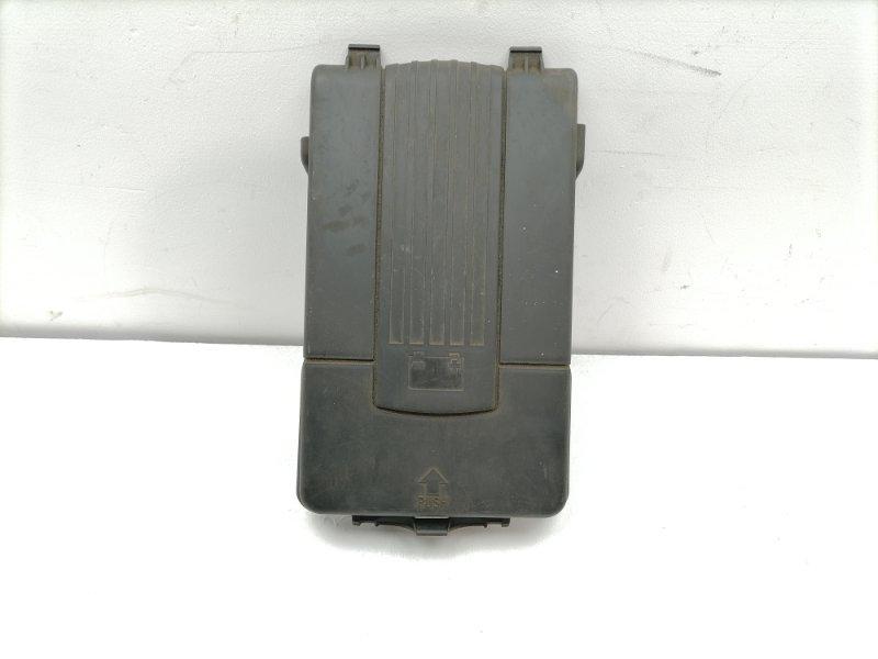 Крышка акб Volkswagen Passat B7 (б/у)