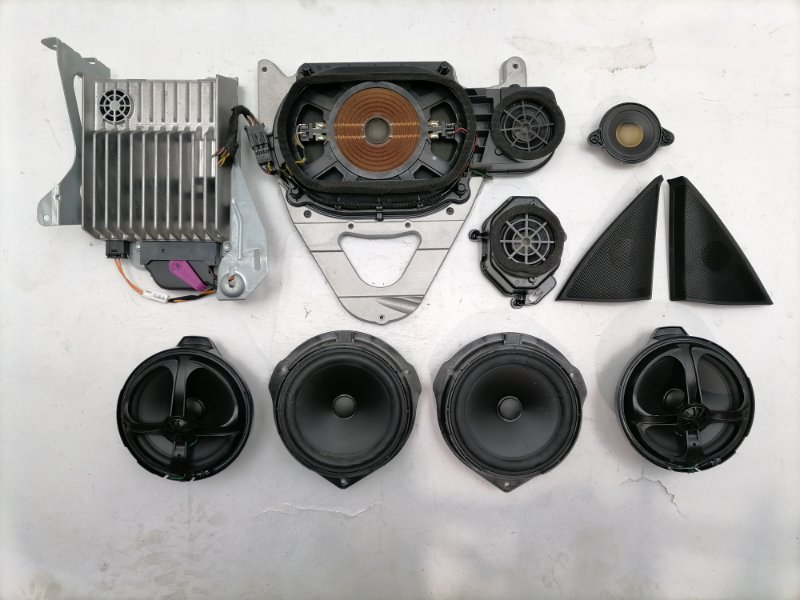 Музыка Mercedes C300 W204 3.5 2014 (б/у)