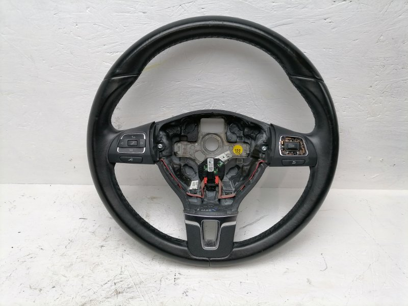 Руль Volkswagen Tiguan 2.0 TFSI 2014 (б/у)