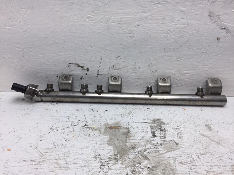 Топливная рампа Bmw 5 Gt F07 4.4 левая (б/у)