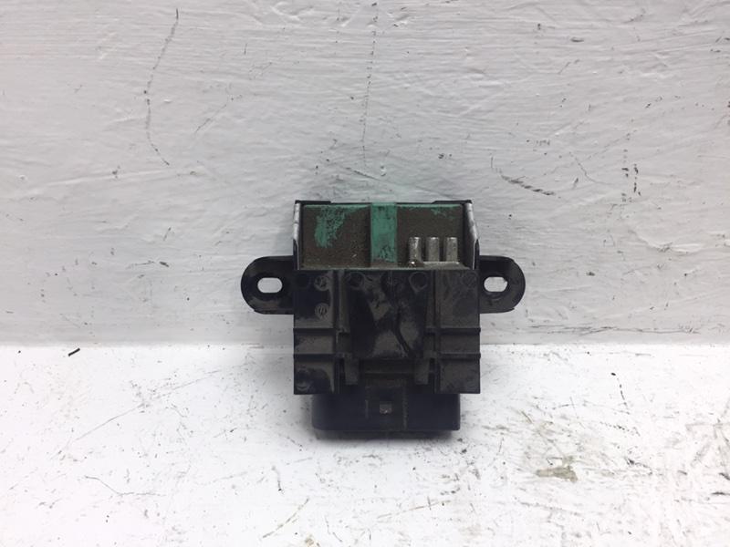 Блок управления топливным насосом Volkswagen Tiguan 2.0 TFSI 2014 (б/у)
