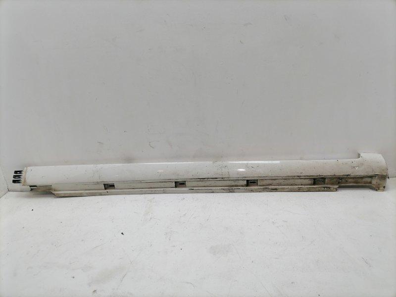 Накладка порога Volkswagen Passat B7 правая (б/у)