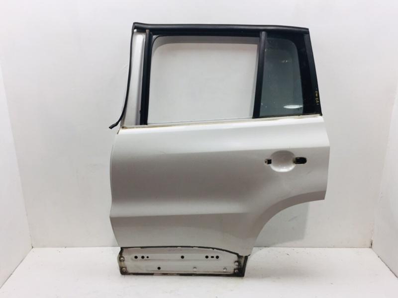 Дверь Volkswagen Tiguan 2.0 TDI 2010 задняя левая (б/у)