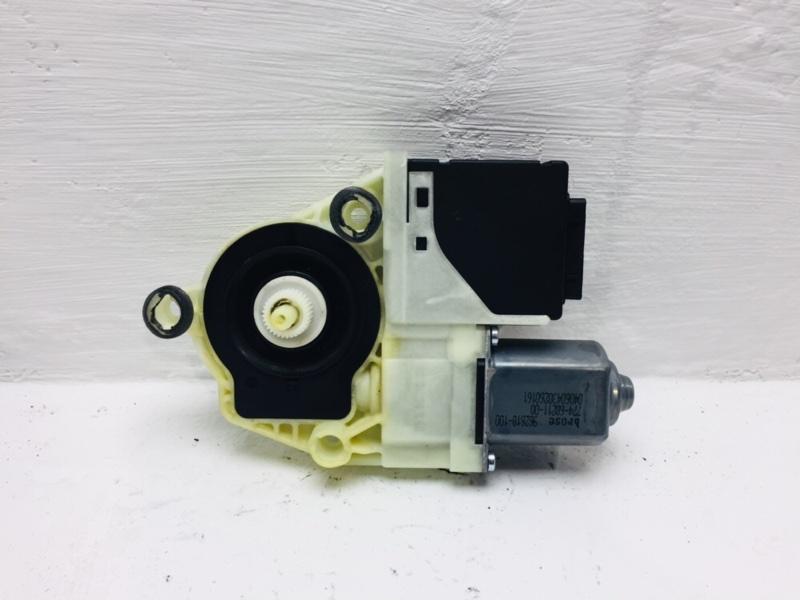 Мотор стеклоподъемника Volkswagen Passat B6 2.0 TDI 2010 задний правый (б/у)