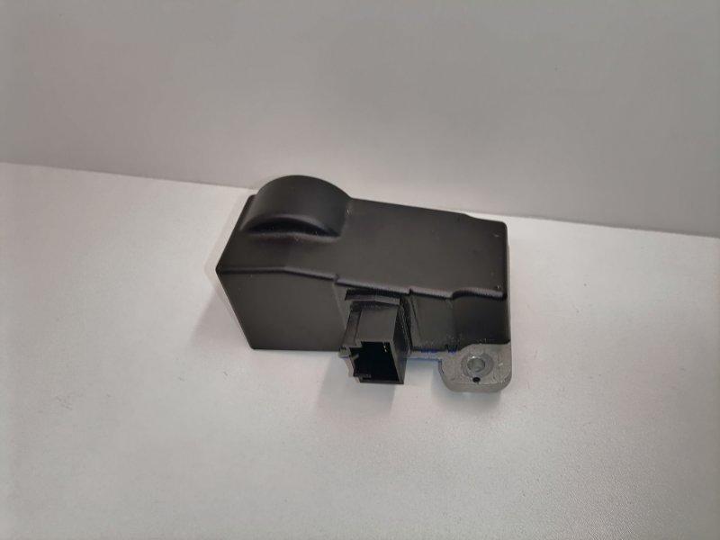 Блок блокировки руля Volkswagen Passat Cc 2.0 TFSI (б/у)
