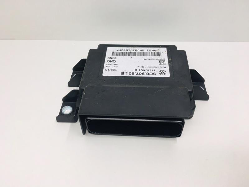 Блок управления стояночным тормозом Volkswagen Passat B6 2.0 TDI 2010 (б/у)