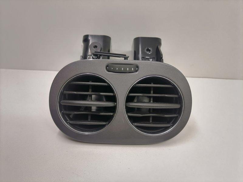 Дефлектор воздушный Volkswagen Tiguan 2.0 TFSI 2014 задний (б/у)