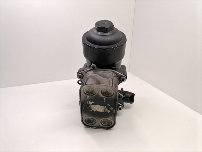 Корпус масляного фильтра Volkswagen Crafter 2.0 TDI 2015 (б/у)