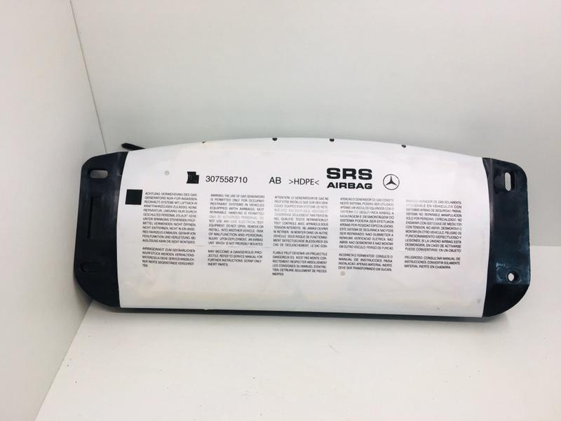 Подушка безопасности пассажира Mercedes C300 W204 3.5 2014 правая (б/у)