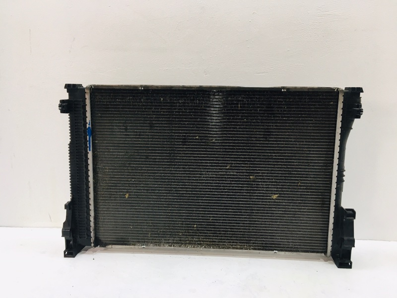 Радиатор двс Mercedes E350 W212 3.0 CDI 2009 (б/у)
