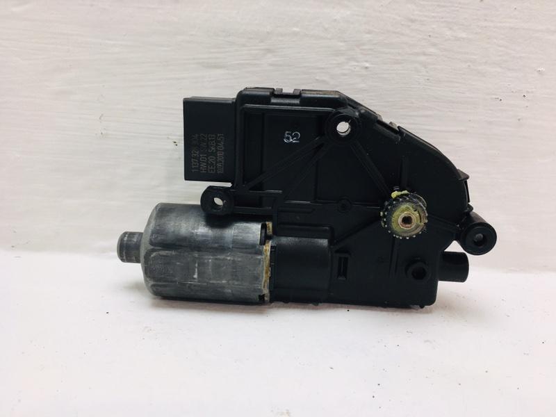 Мотор привода люка Volkswagen Tiguan 2.0 TDI 2010 (б/у)